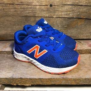 New Balance Arishi v2 Blue Slip On Running Shoes